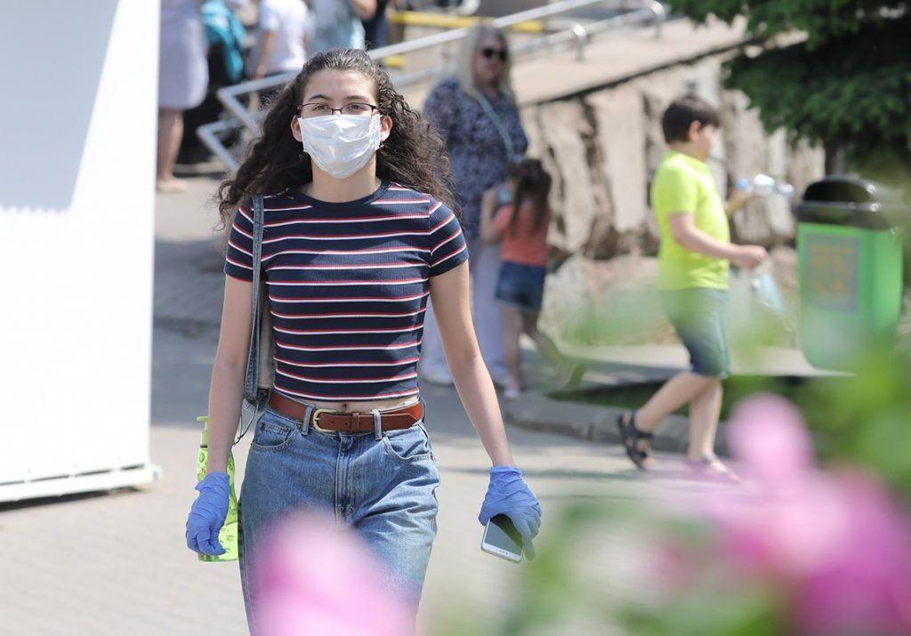 Правила профилактики коронавируса потребуется соблюдать до появления вакцины. Фото: сайт мэра Москвы