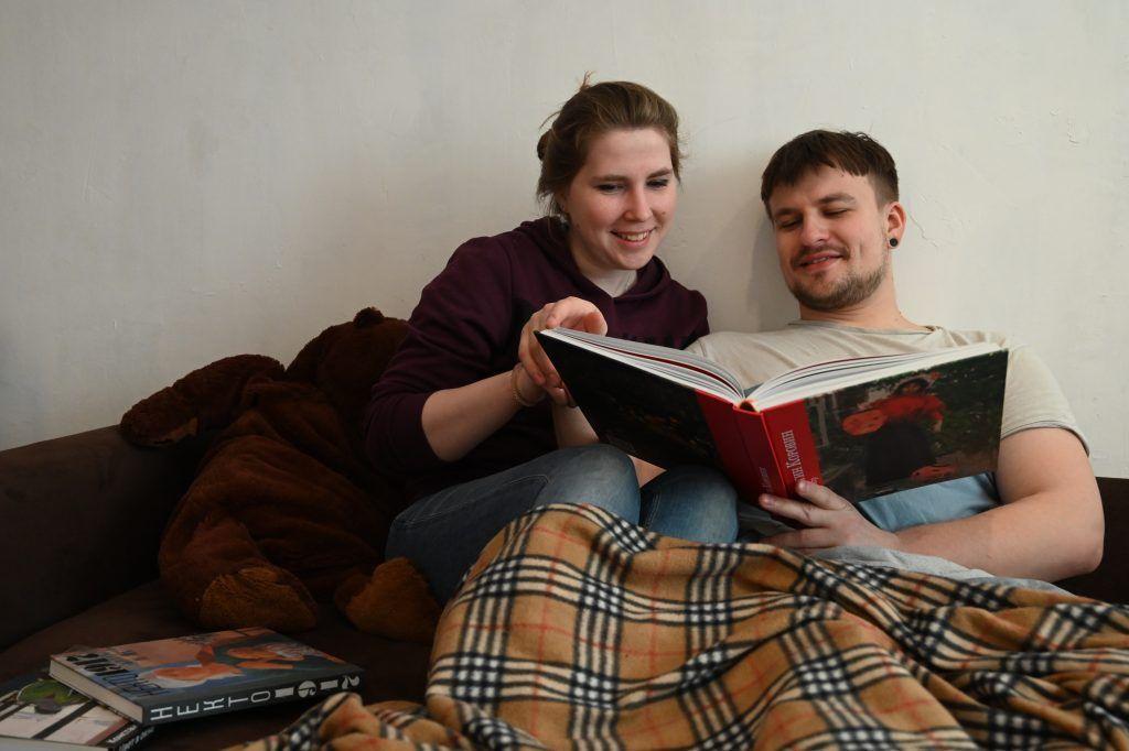 Любители литературы отправились в онлайн-путешествия по локациям книг. Фото: Алексей Орлов, «Вечерняя Москва»