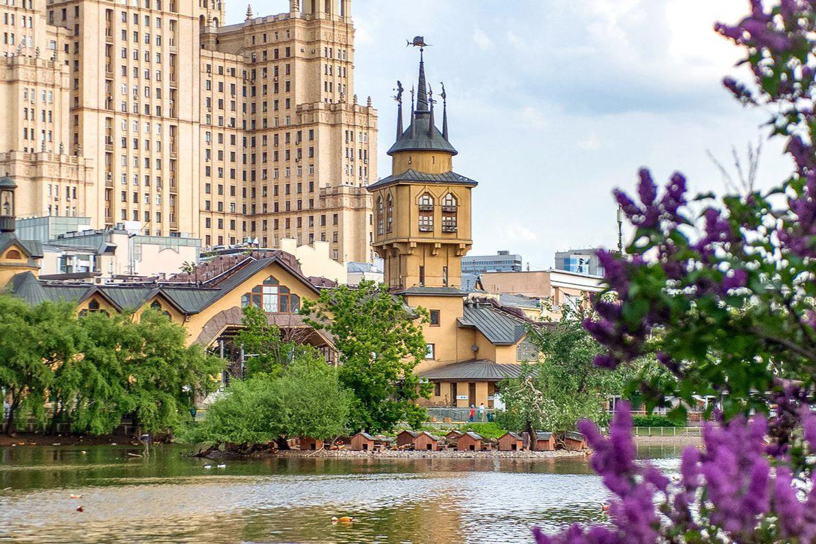 Облачная погода ожидается в Москве в День России