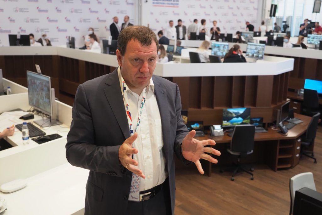 Илья Массух: Серьезных нарушений в ходе голосования не наблюдается. Фото: Антон Гердо, «Вечерняя Москва»