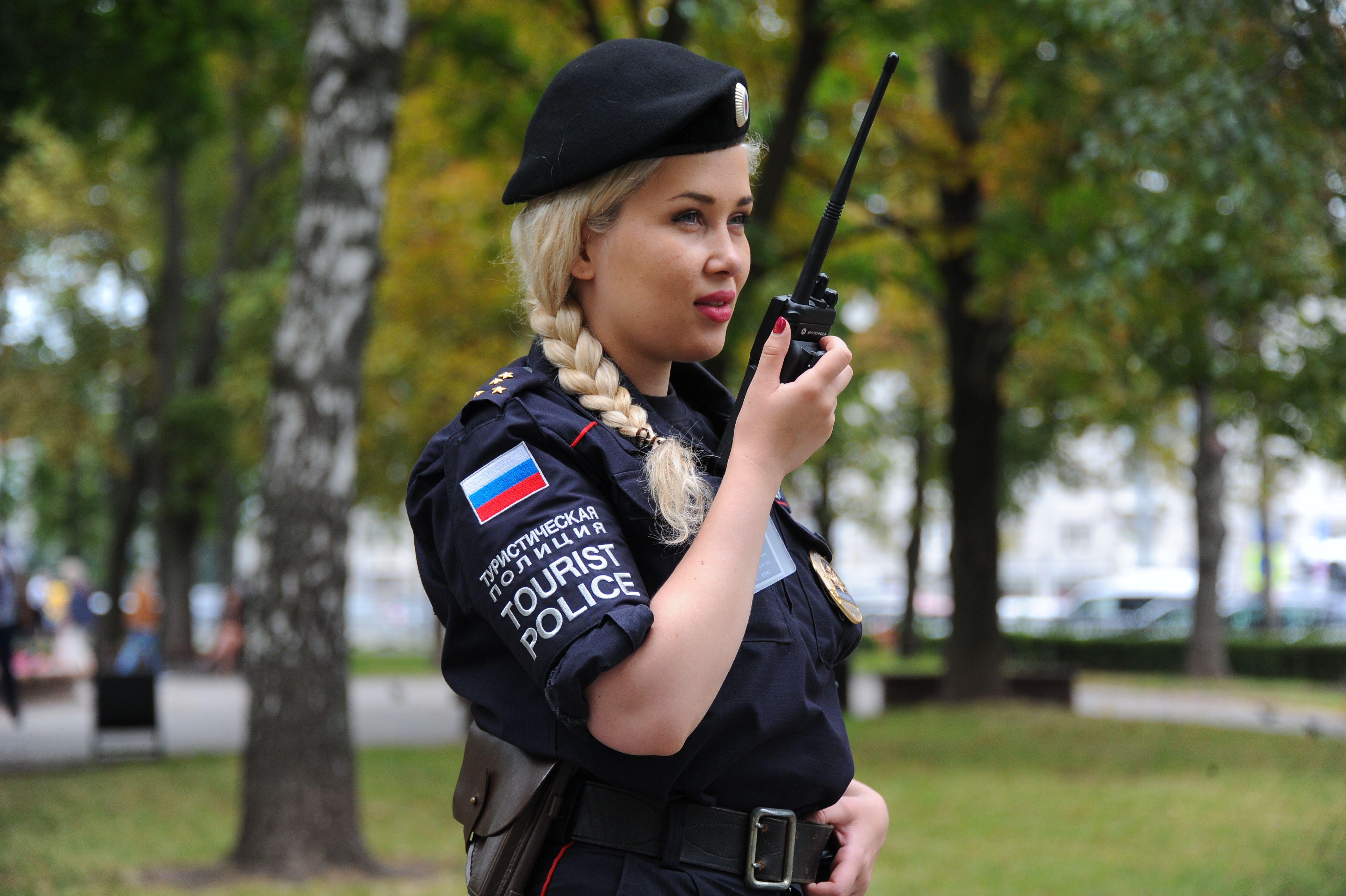 Член Общественного совета Лилиана Воронцова приняла участие вместе с сотрудниками полиции в Форуме «Правовая Москва» # Каникулы с Общественным советом