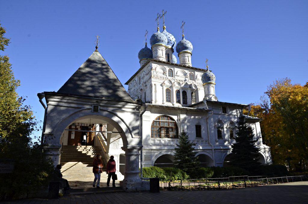 Цвет слоновой кости вернут церкви Анны Казанской в «Коломенском». Фото: Анна Быкова