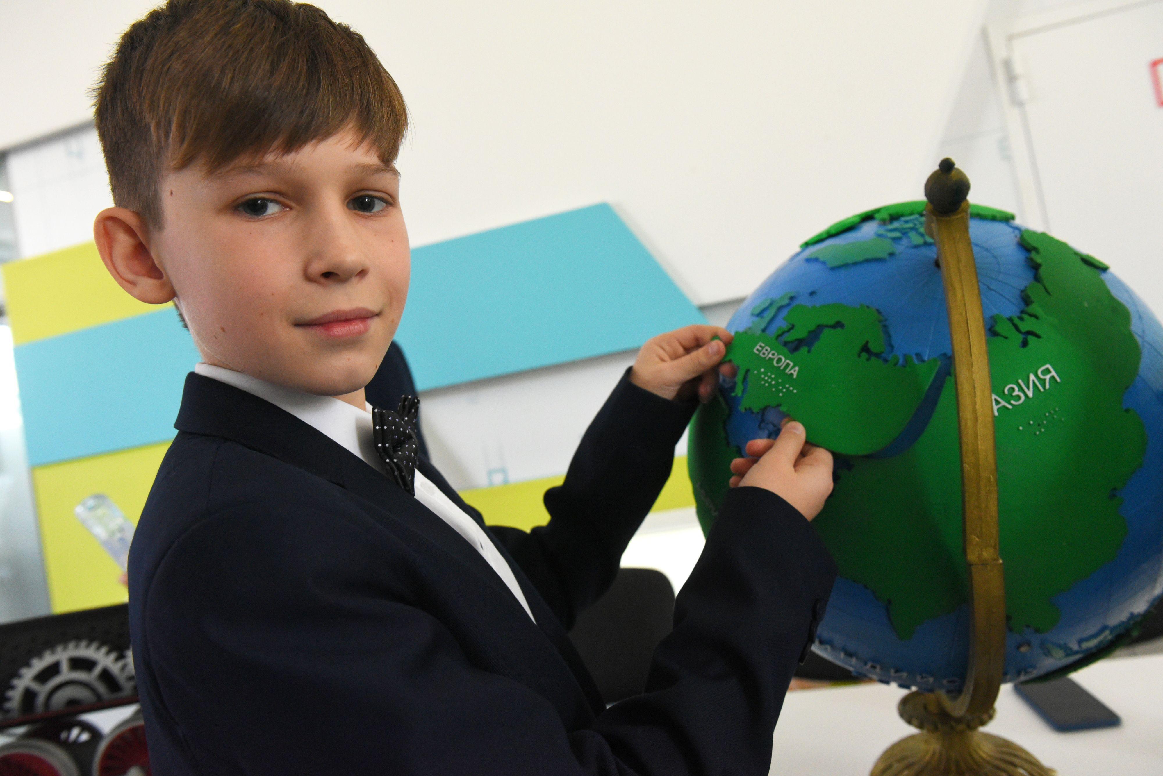 Москва введет 20 школ и детсадов за лето