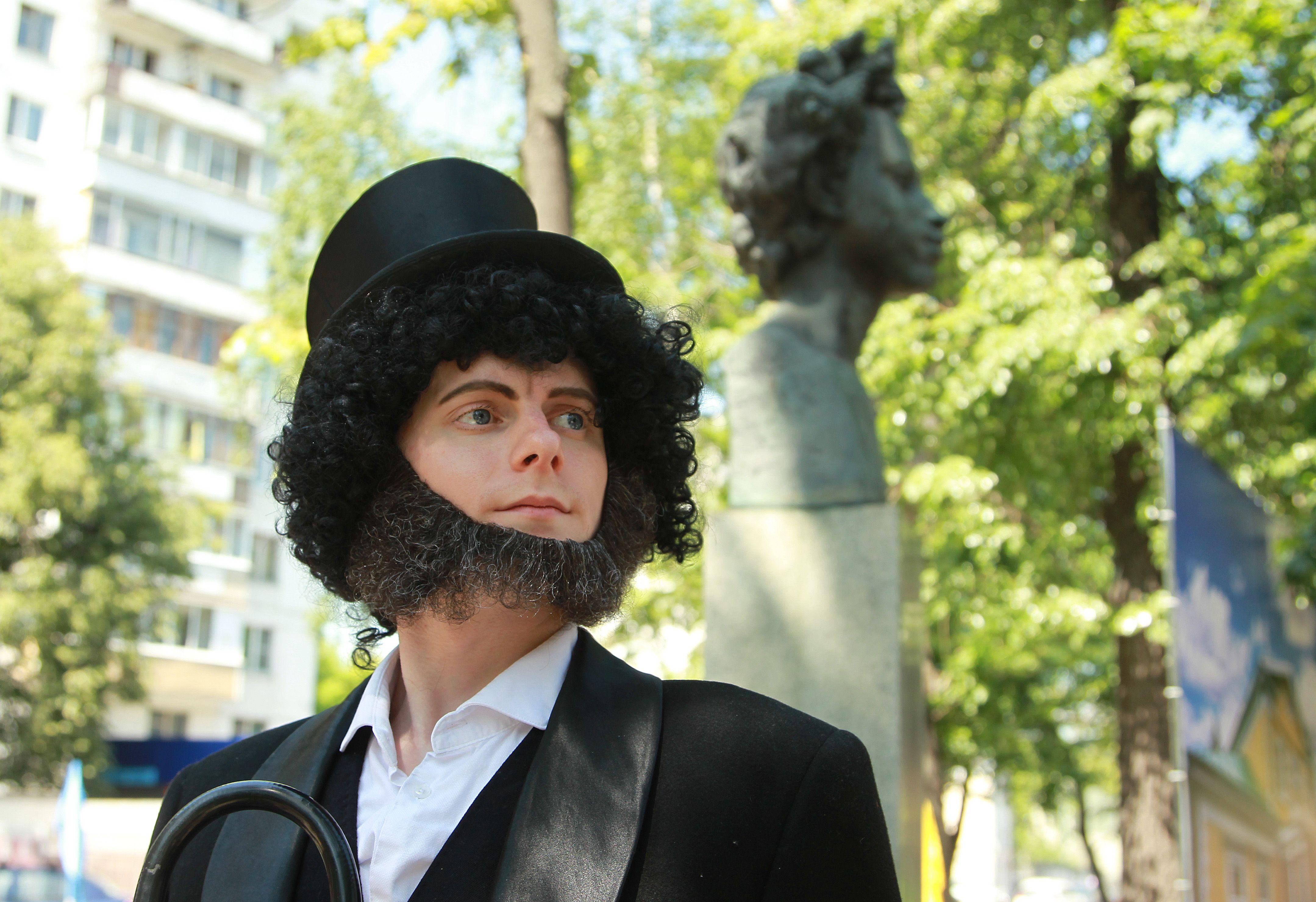 Неделя Пушкина: виртуальные экскурсии и мастер-классы подготовили в «Братееве»