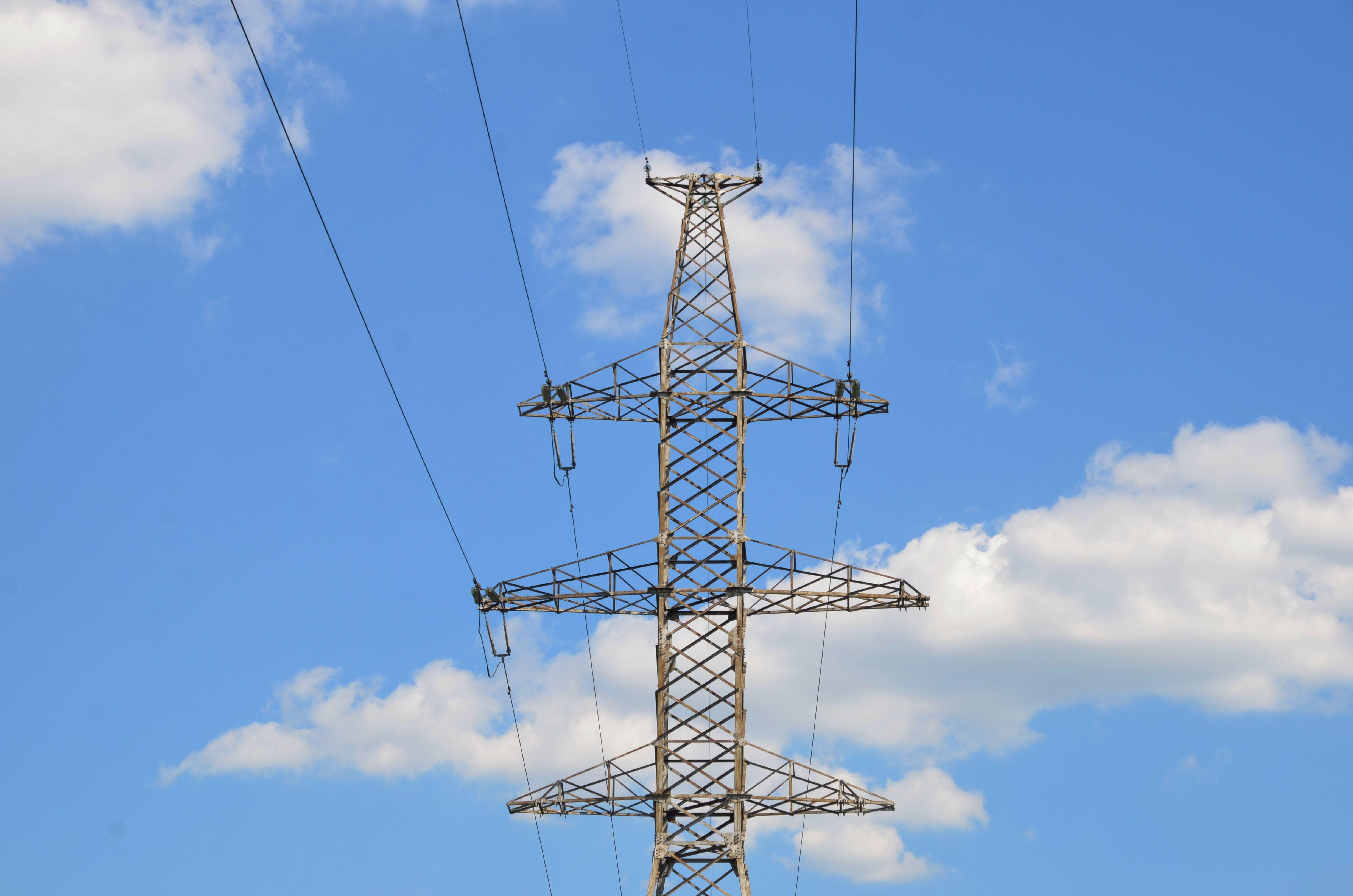 Линию электропередачи в Нагорном районе спрячут под землю