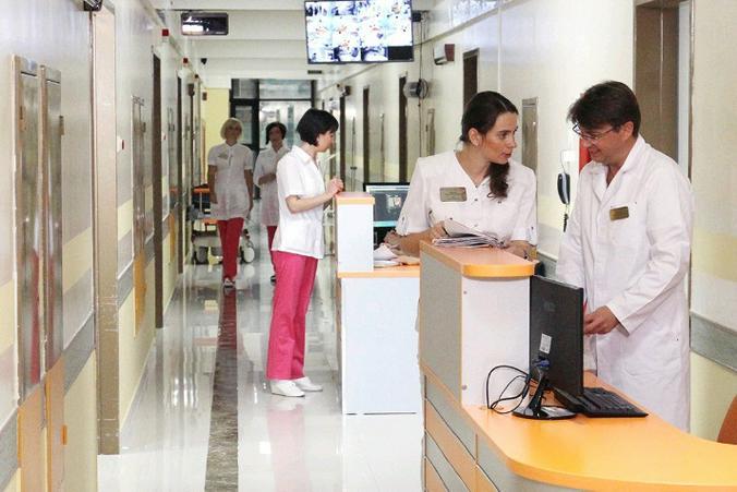 В Москве День медработника отмечают более 180 тыс специалистов