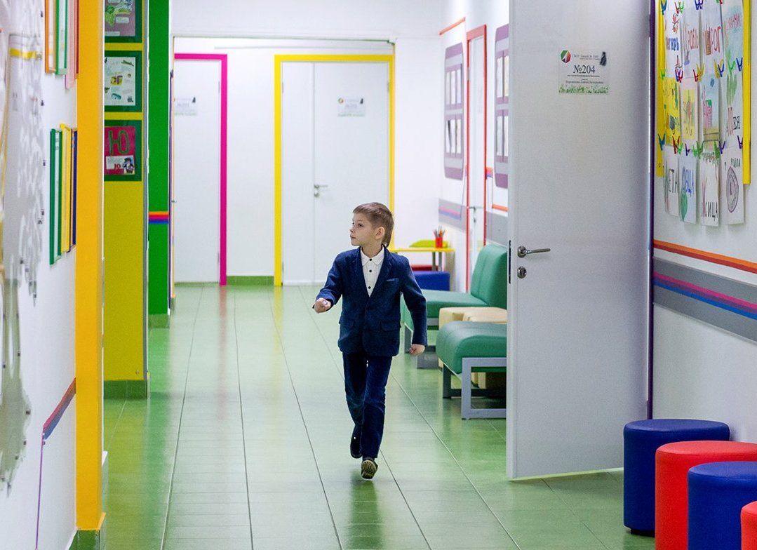 Дезинфекция и корректировка расписания: как школы подготовят к новому учебному году