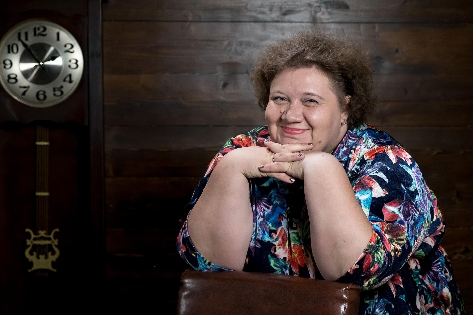Анна Асташкина: Кому-то нужно быть смешной