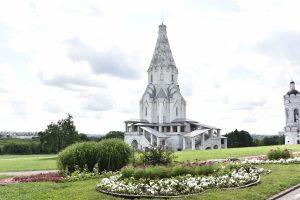 ...и церковью Вознесения Господня. Фото: Пелагия Замятина