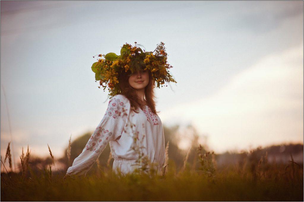 Работа «Рассвет души», автор Наталия Краснова, на фото Алла Краснова