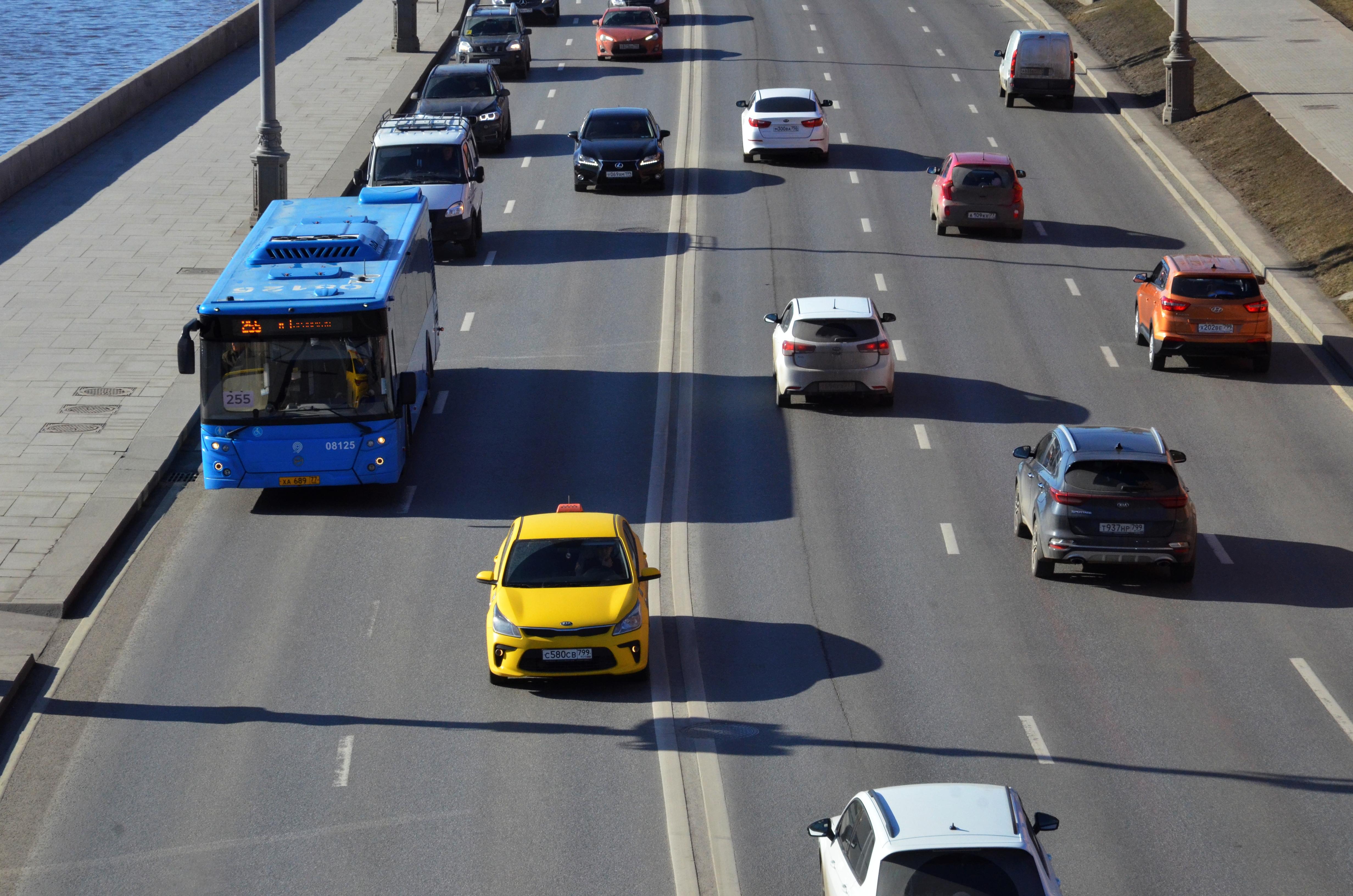 Жителей юга пригласили на обсуждение организации дорожного движения в округе
