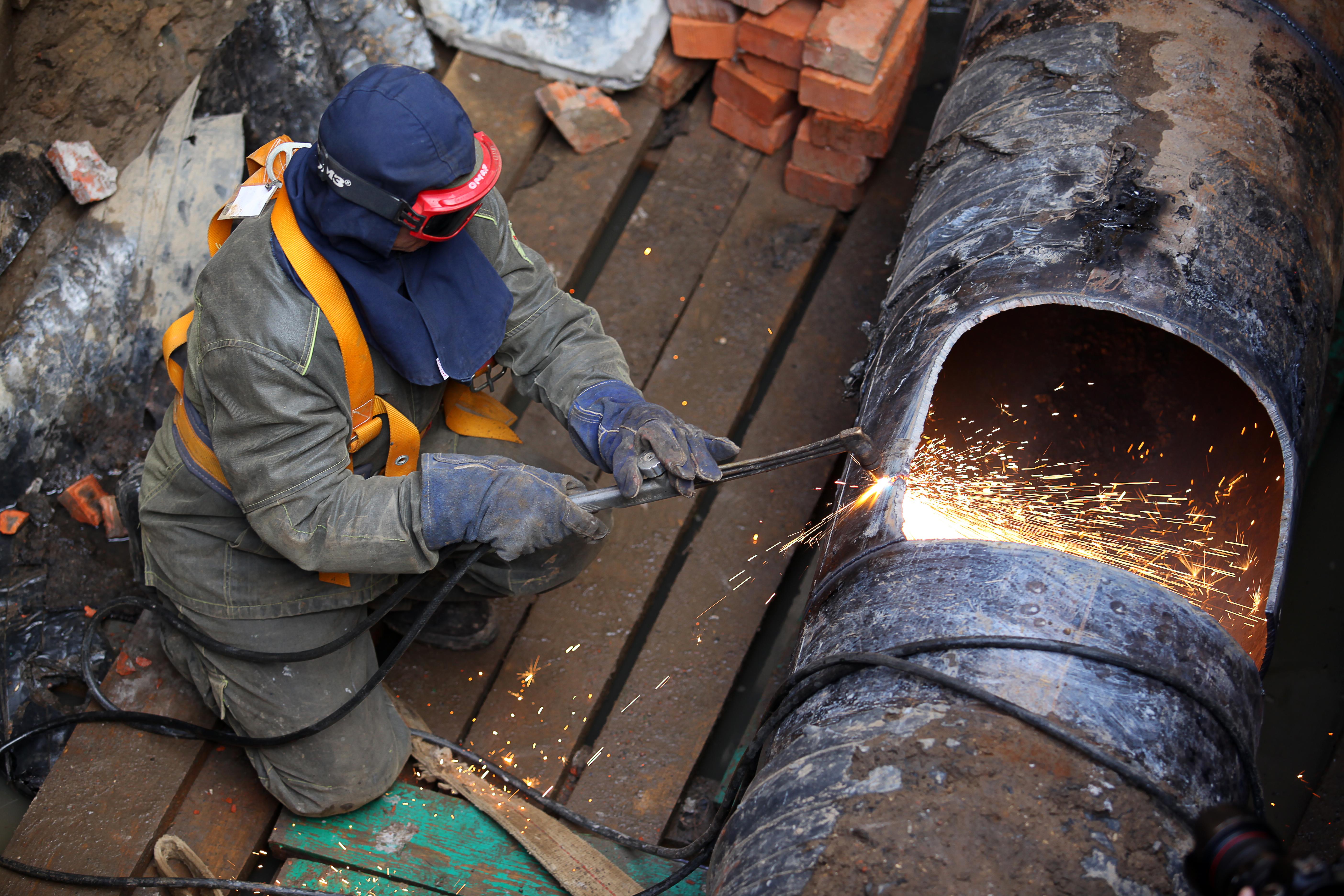 Газопровод реконструируют в Даниловском районе