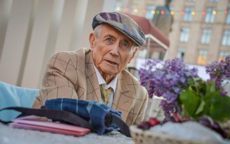 Евгению Евтушенко 18 июля исполнилось бы 88 лет. Фото: Александр Казаков