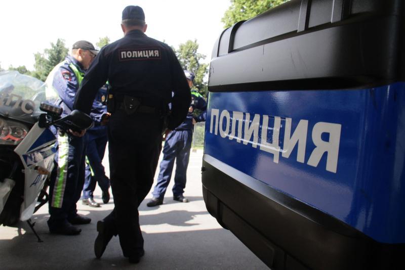 Полицейские района Нагатино-Садовники задержали подозреваемого в самоуправстве