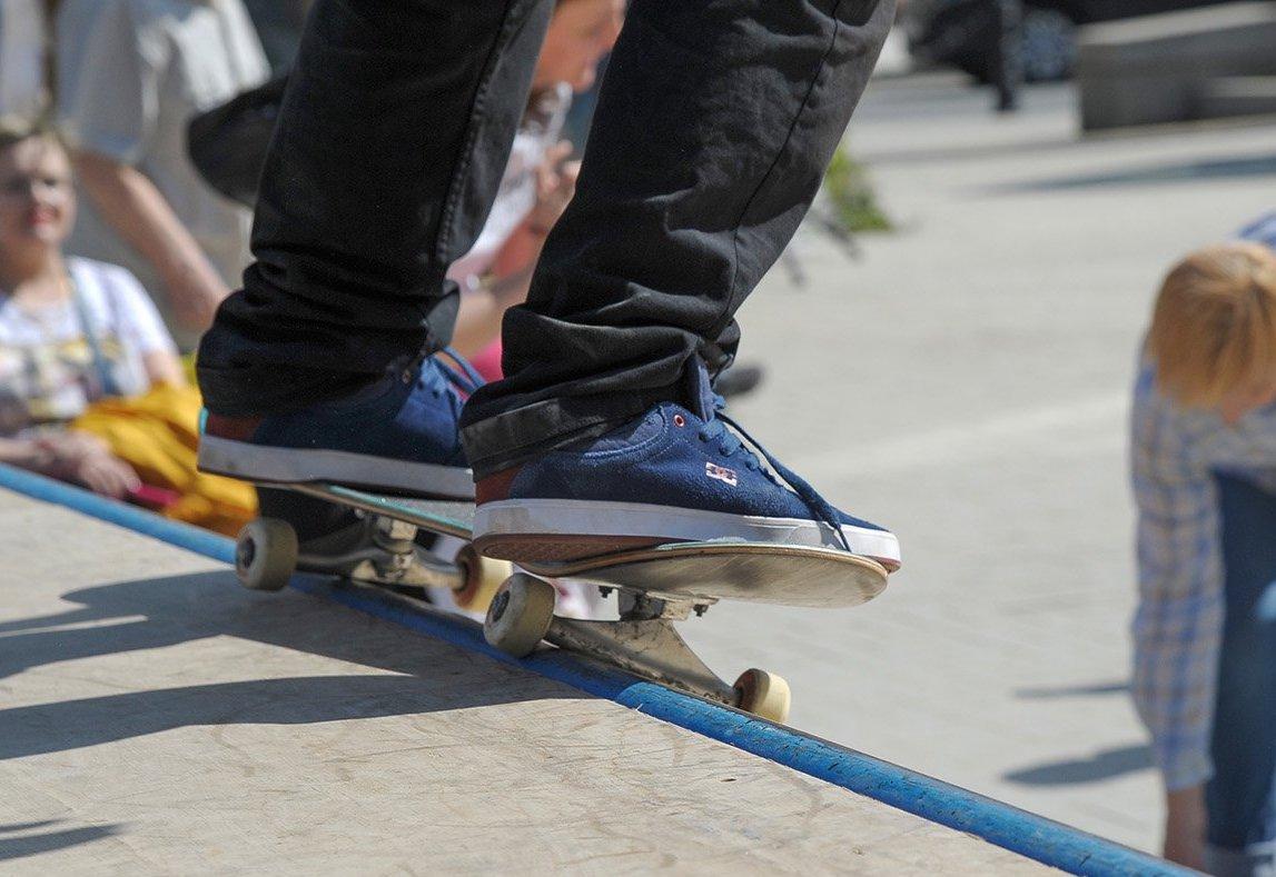 Трюки на скейте: три оборудованные площадки для катания есть на юге