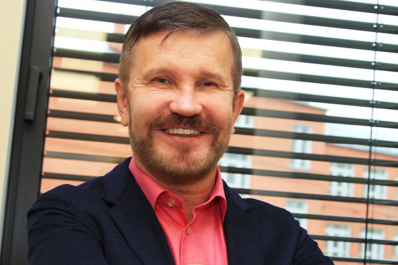 Депутат МГД Семенников призвал москвичей остерегаться банковских мошенников