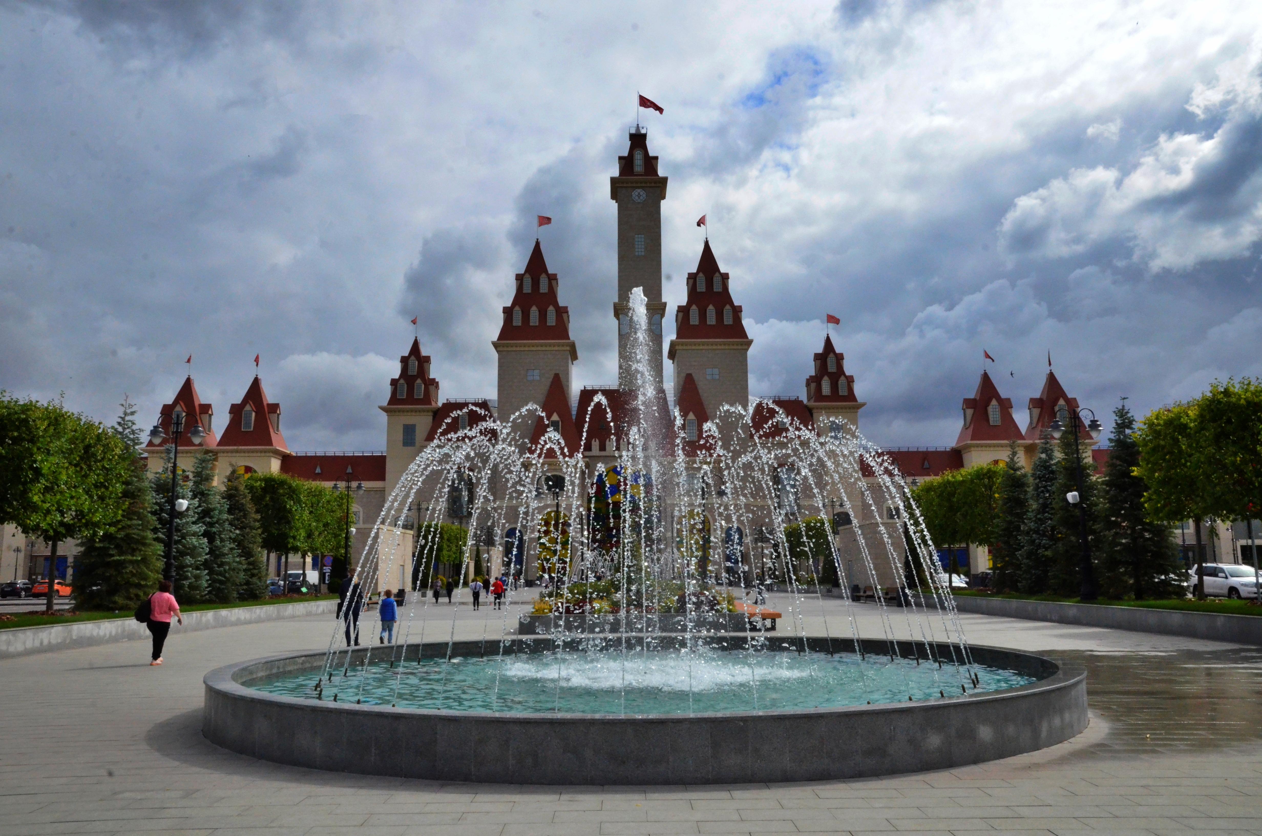 Москвичей пригласили провести последние дни лета в «Острове Мечты»