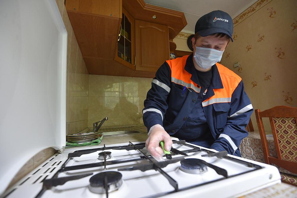 Сотрудники Мосгаза проверили свыше 220 квартир в рамках планового обслуживания