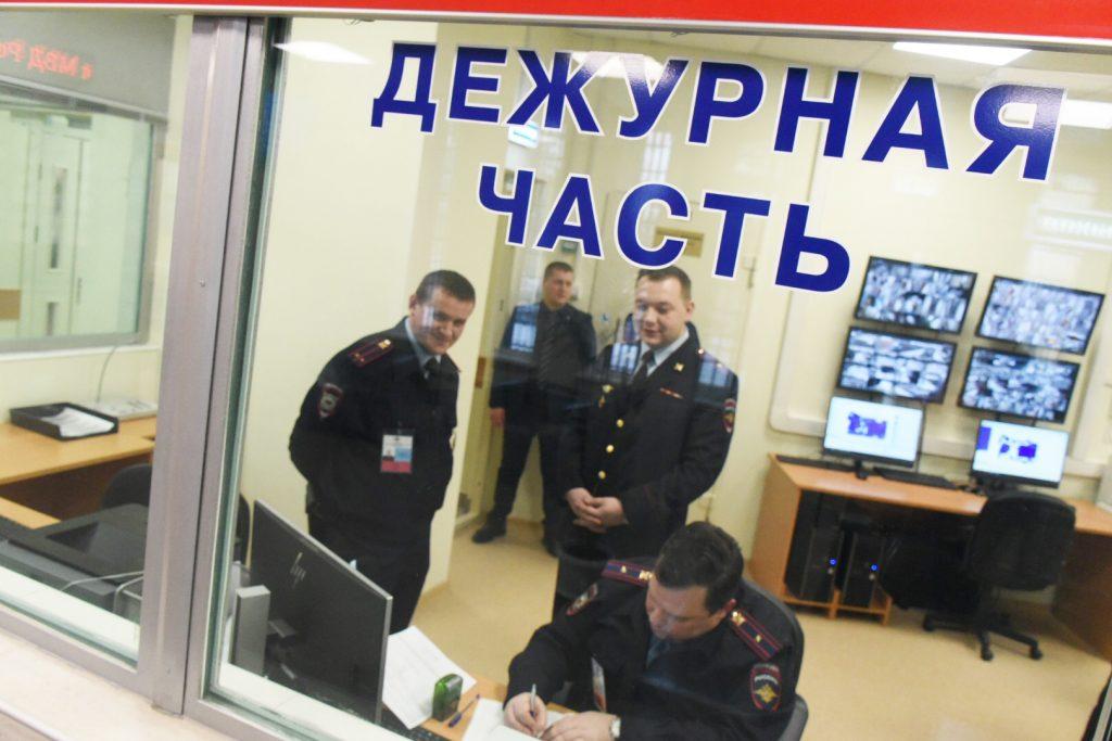 Полицейские района Нагатинский Затон раскрыли кражу. Фото: Владимир Новиков, «Вечерняя Москва»