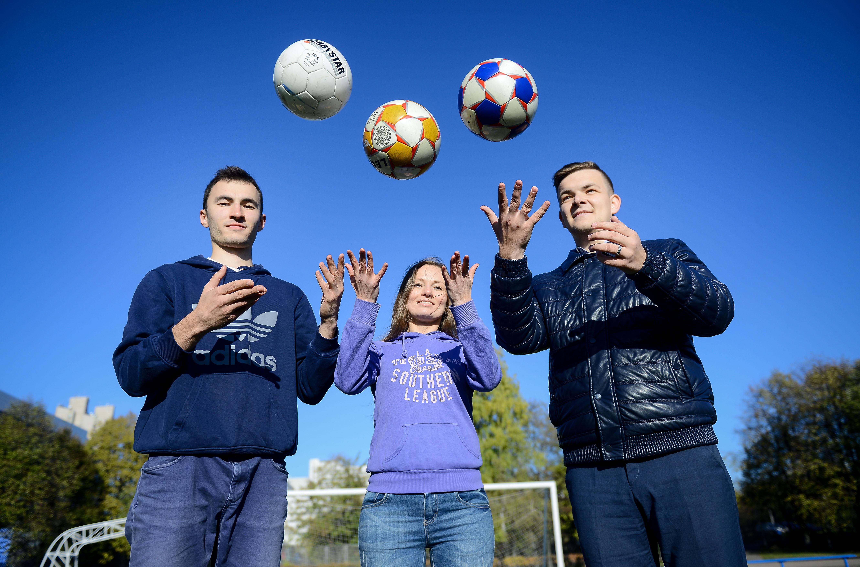 Бесплатные площадки для футбола и баскетбола оборудовали на юге Москвы