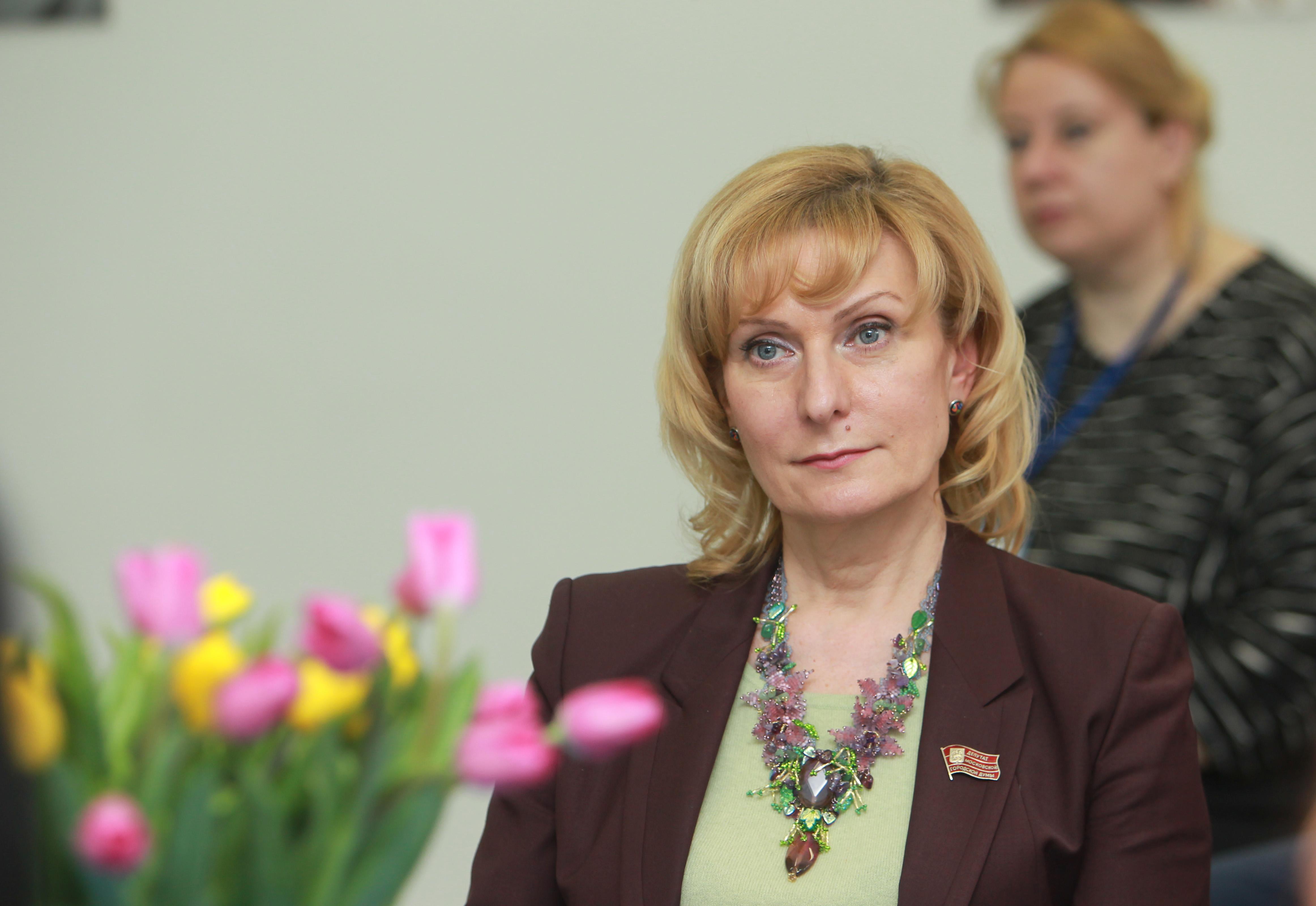 Инна Святенко призвала создавать в регионах программы по примеру «Московского долголетия»