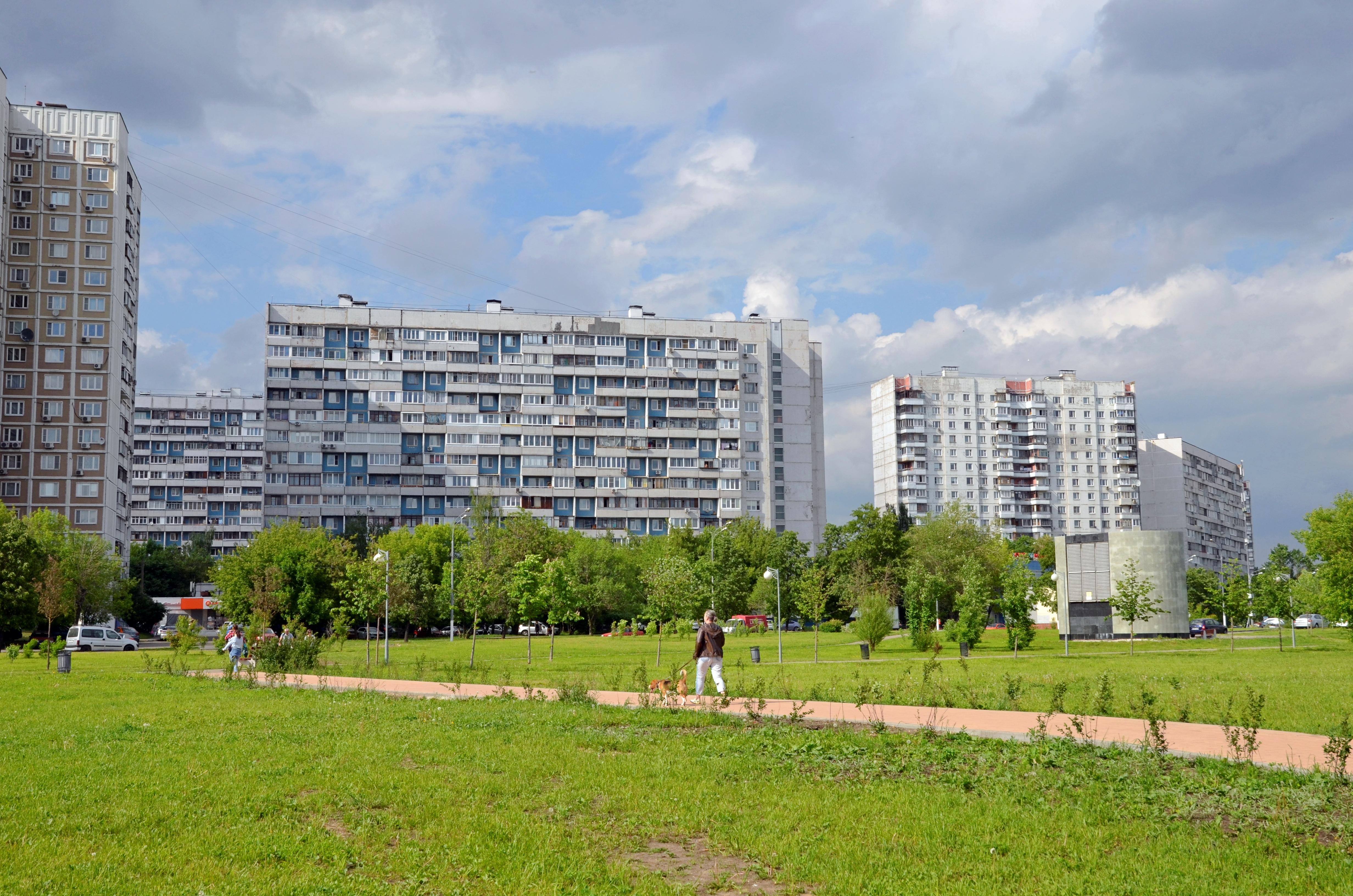 Соблюдение правил безопасности проверили в жилых домах Зябликова