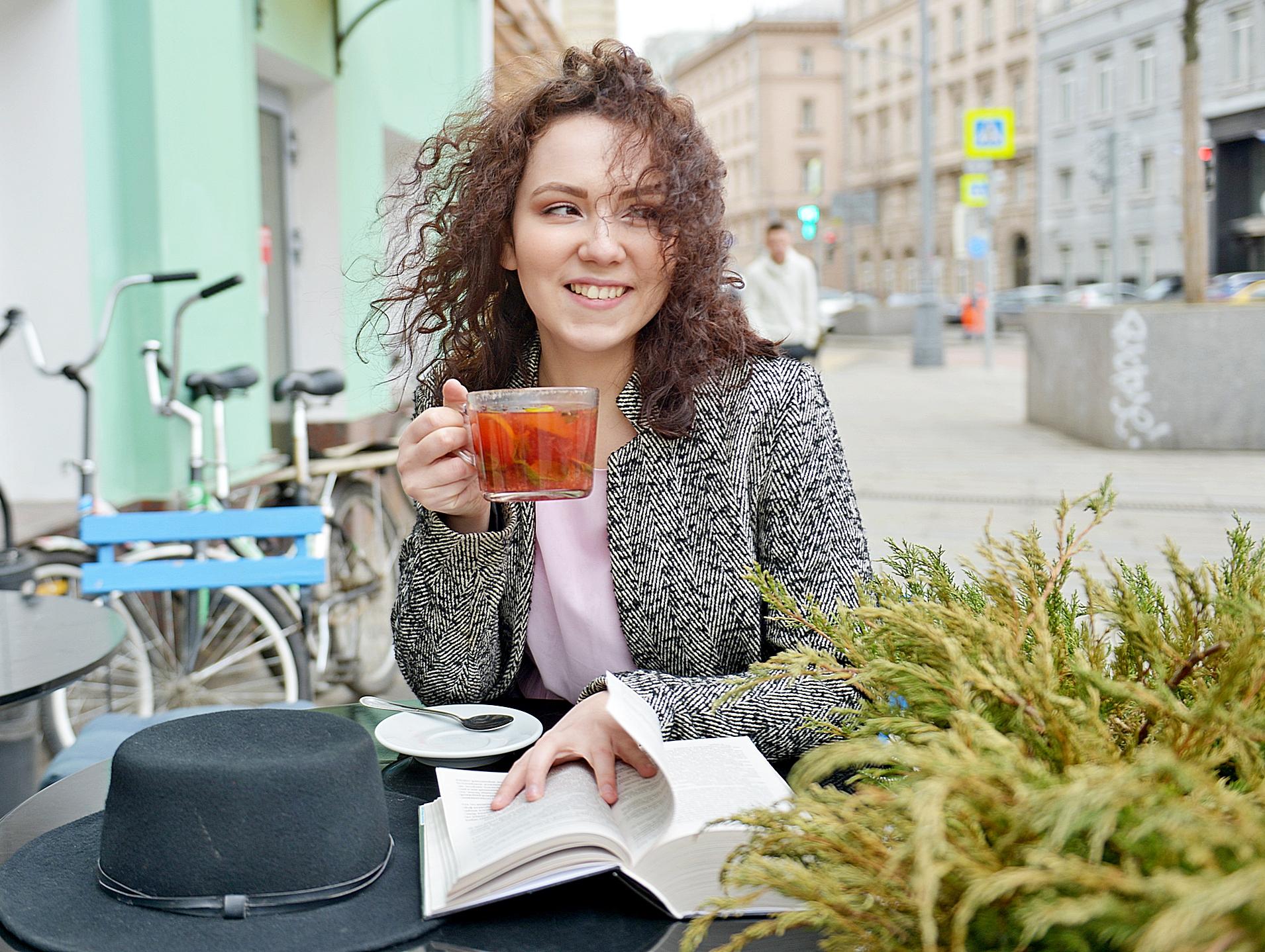 Зарядка и чай: актеры проведут мероприятия в соцсетях «Братеева»