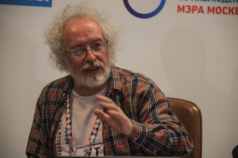 Венедиктов: Москвичи проголосуют на довыборах очно и онлайн в разные дни