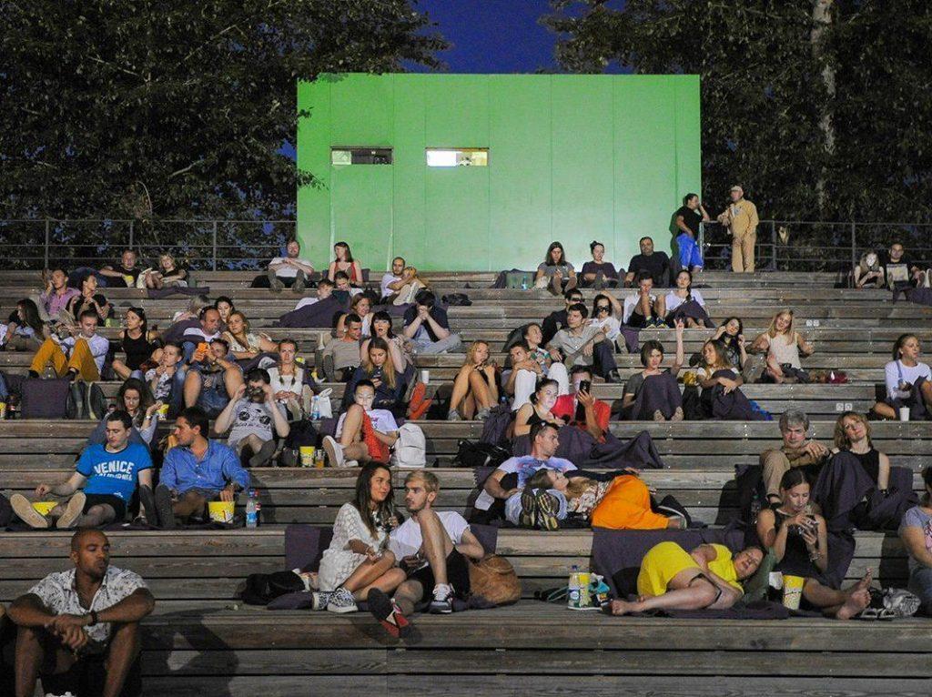 Ночь кино: в «Ангаре» проведут вечерний показ под открытым небом. Фото: сайт мэра Москвы