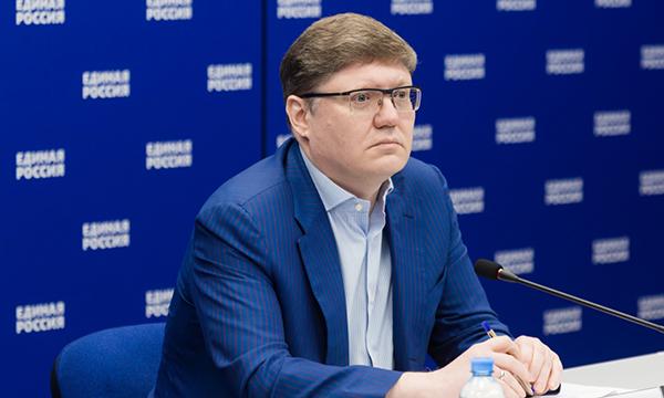 Андрей Исаев: Защита минимального дохода граждан от списания в счет долгов может начать действовать с 2021 года