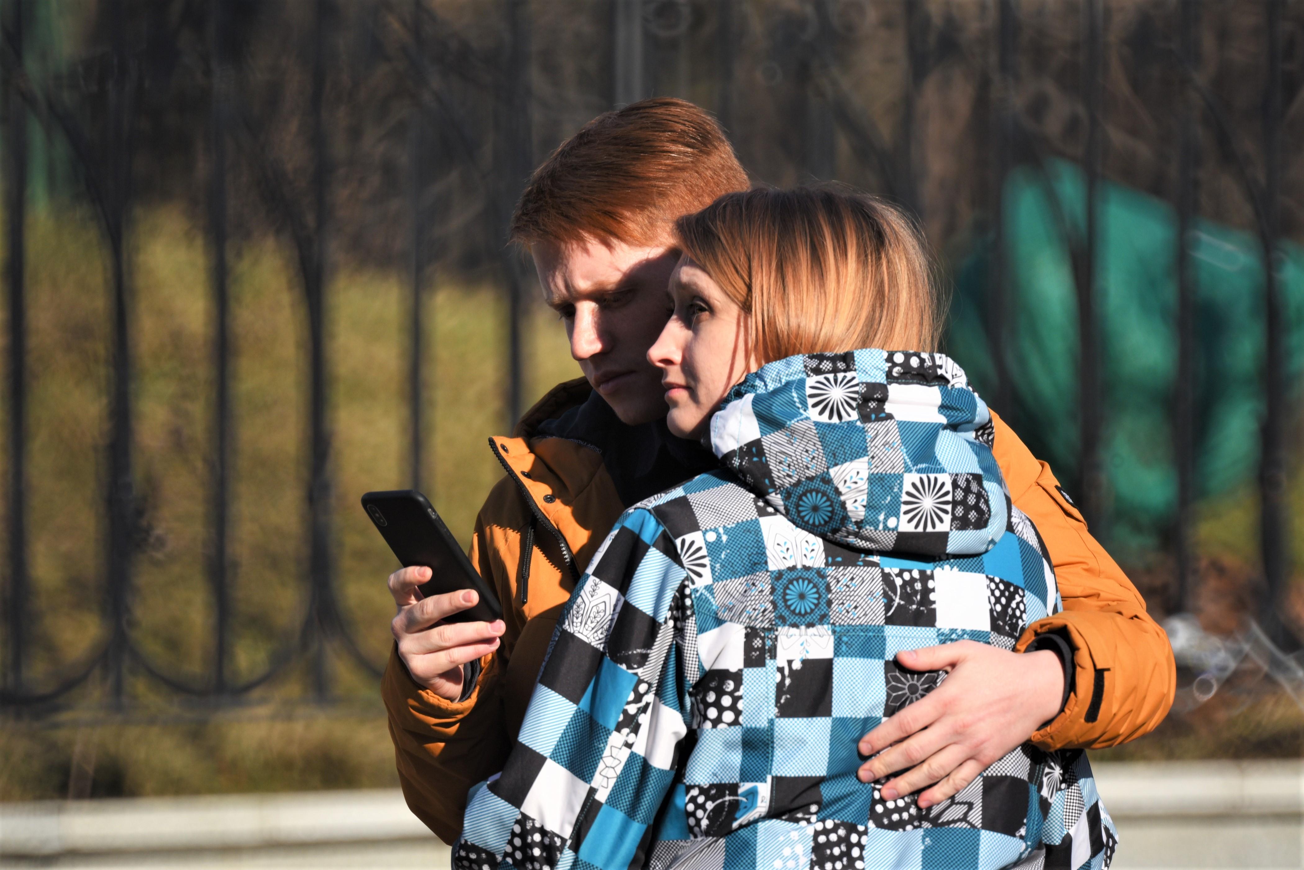 Москвичам пообещали теплую и сухую погоду в выходные