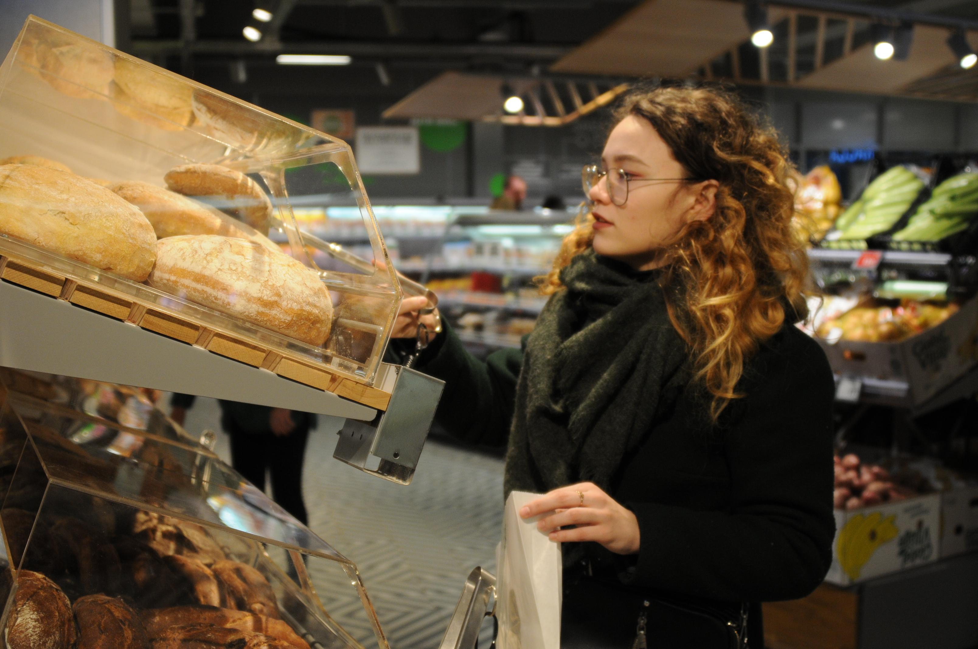 За нарушение масочного режима закрыли магазины Eurospar и «Пятерочка»