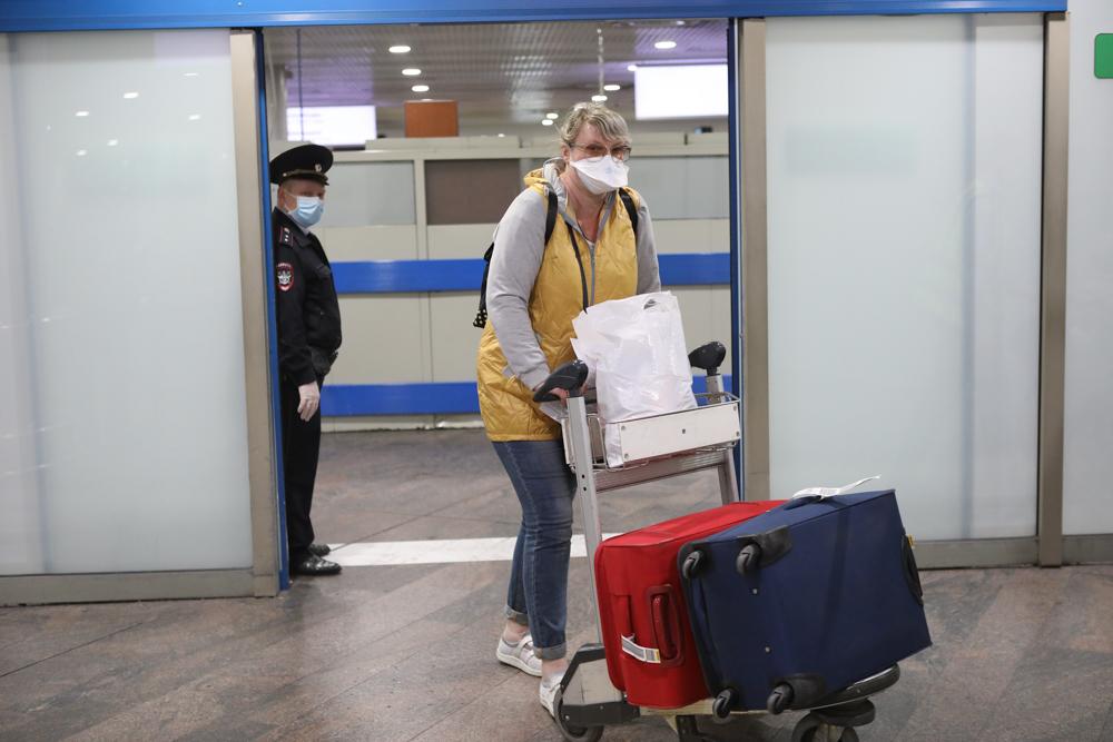 Более 800 москвичей заразились коронавирусом за сутки