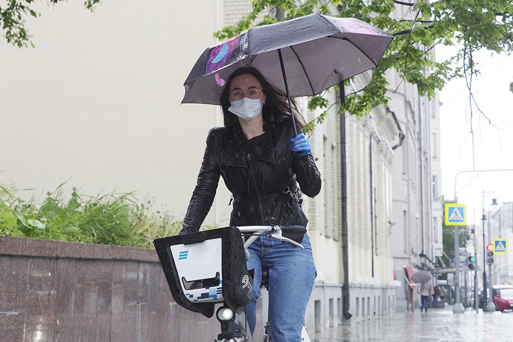 Москвичам пообещали облачность и дожди