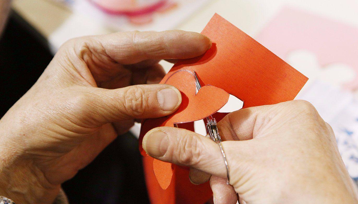 Гендер/Ножницы/Бумага: гости «Пересветова переулка» смастерят игрушки