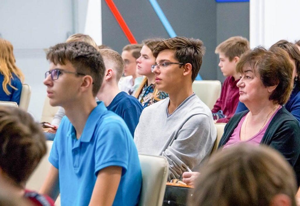Современный этикет обсудят в библиотеке №163. Фото: сайт мэра Москвы