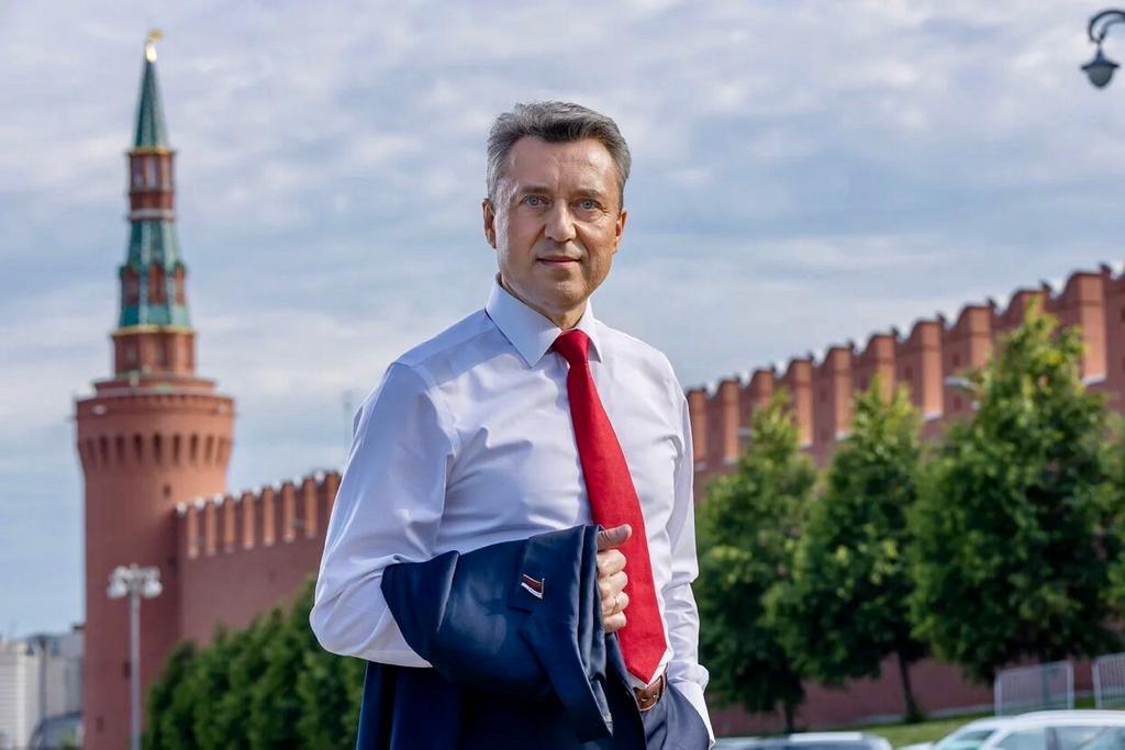 Анатолий Выборный: «Поздравляю москвичей с Днем города, пусть столица всегда остается нашей крепостью, символом несгибаемой силы воли и духа!»