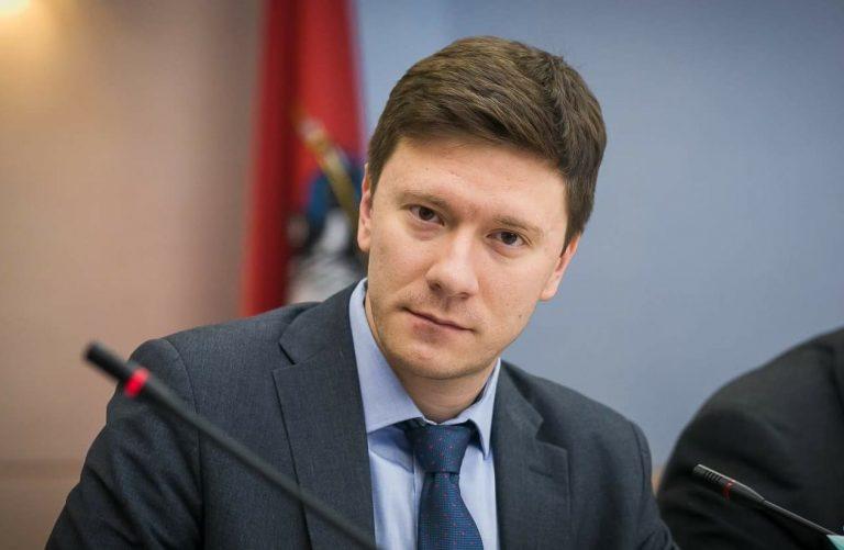 Депутат Мосгордумы Александр Козлов подчеркнул преимущества чипирования домашних животных