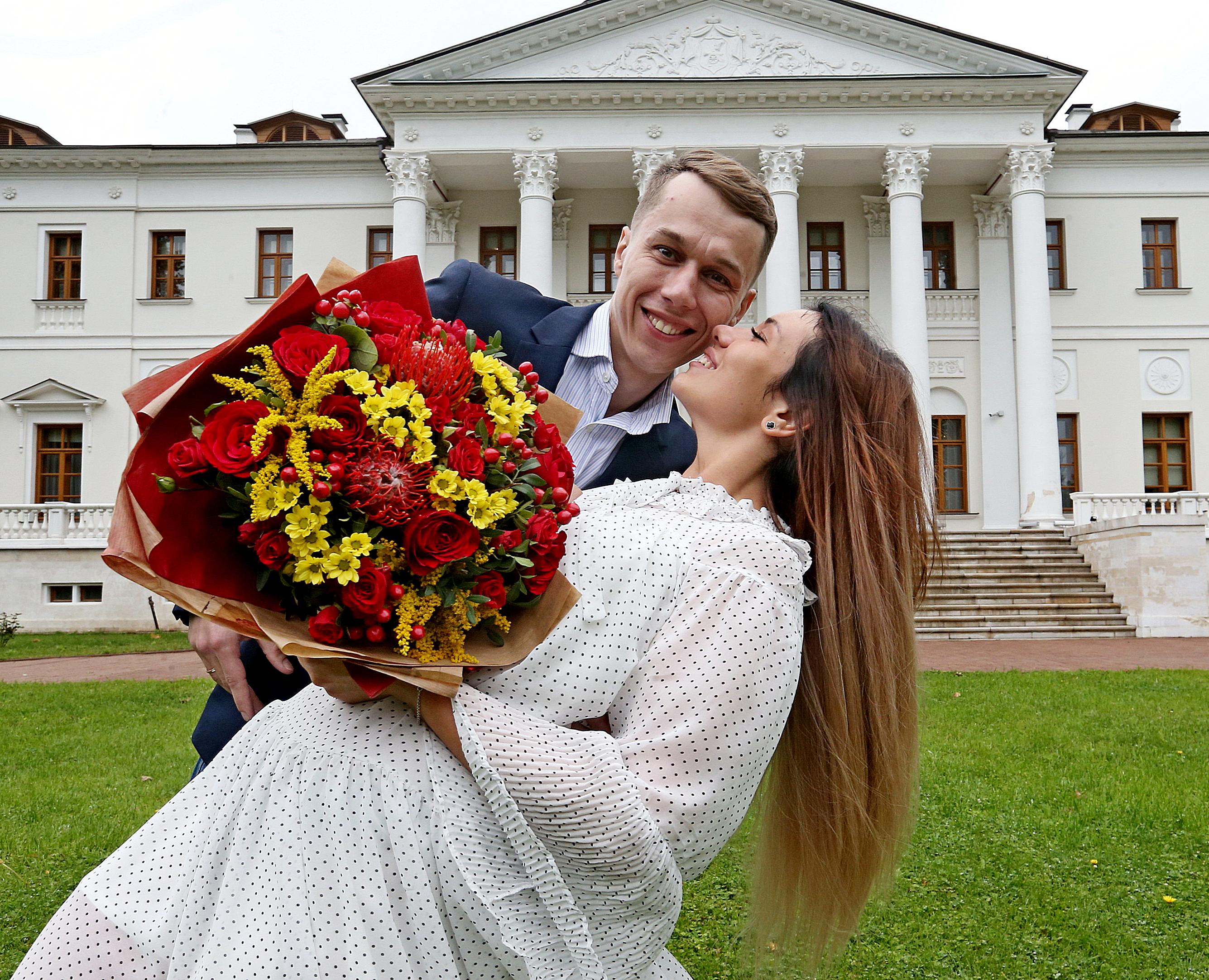 Более 3000 пар выбрали для свадьбы необычные локации Москвы