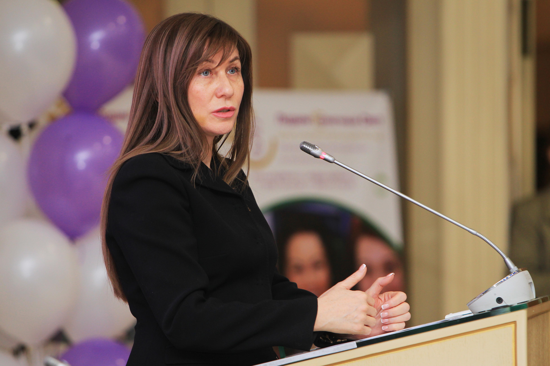 Депутат МГД Лариса Картавцева рекомендовала работающим с людьми пройти вакцинацию от гриппа