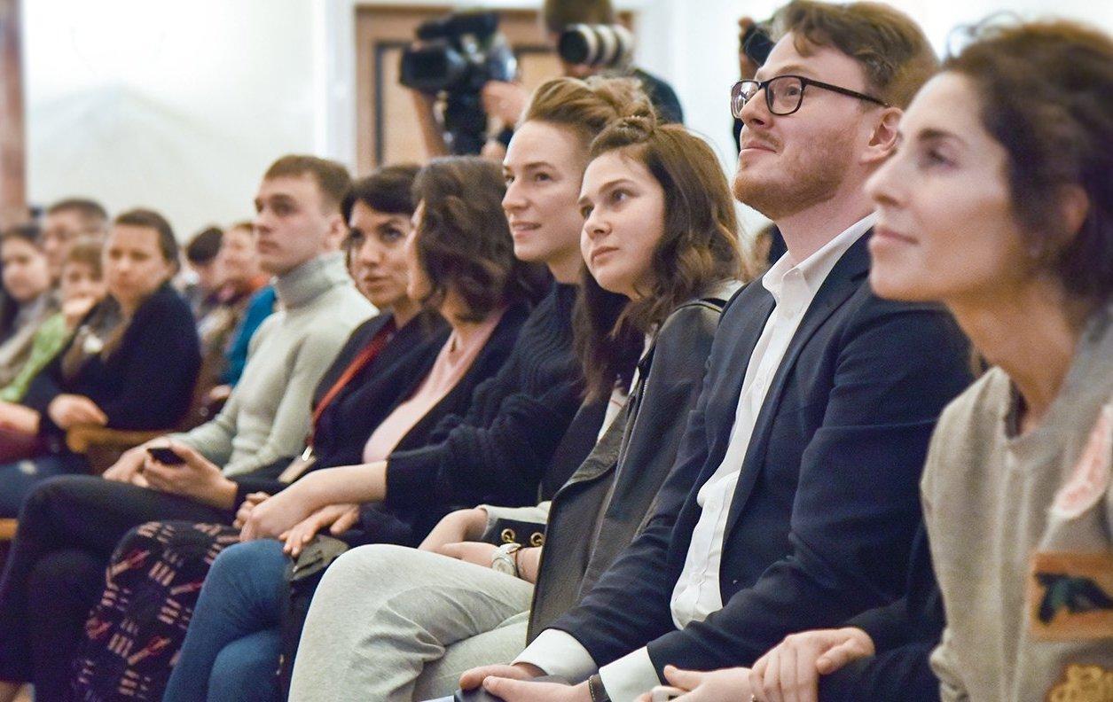 Чай с актером: москвичей пригласили на творческий вечер в «Братеево»