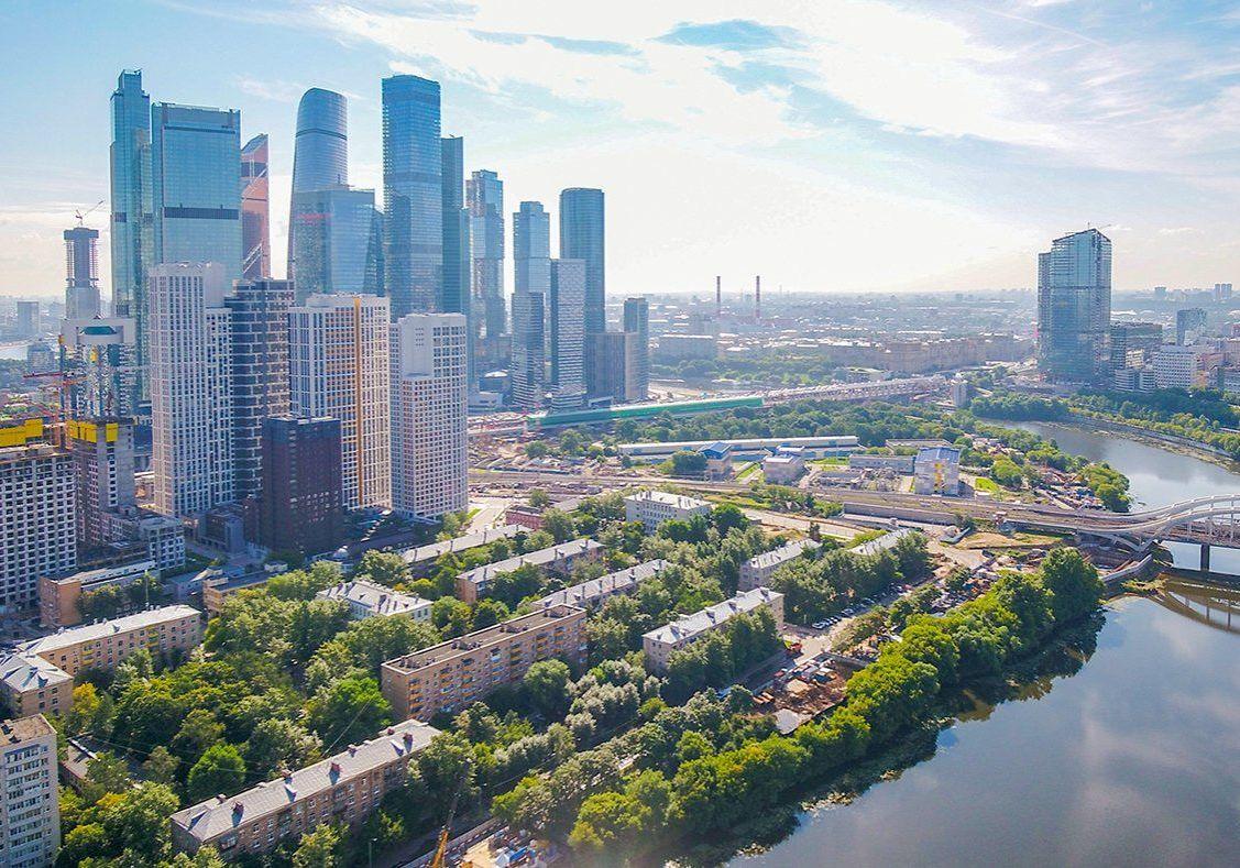 Через 10-15 лет все банковские и городские услуги Москвы могут полностью перейти в онлайн — футуролог
