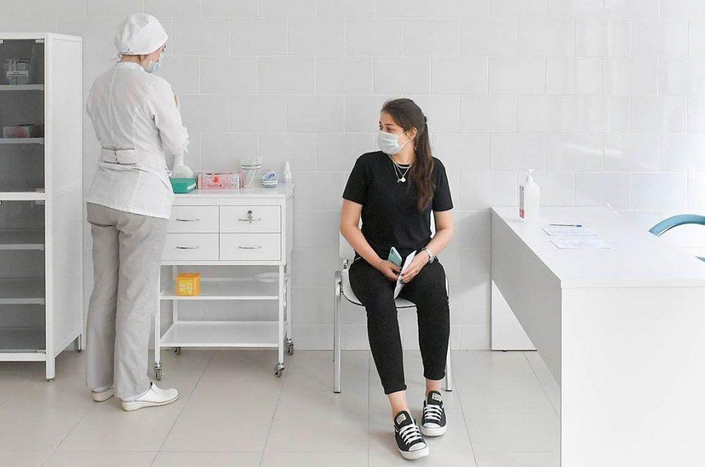 В Москве началась диагностика участников исследования вакцины от COVID-19. Фото: сайт мэра Москвы