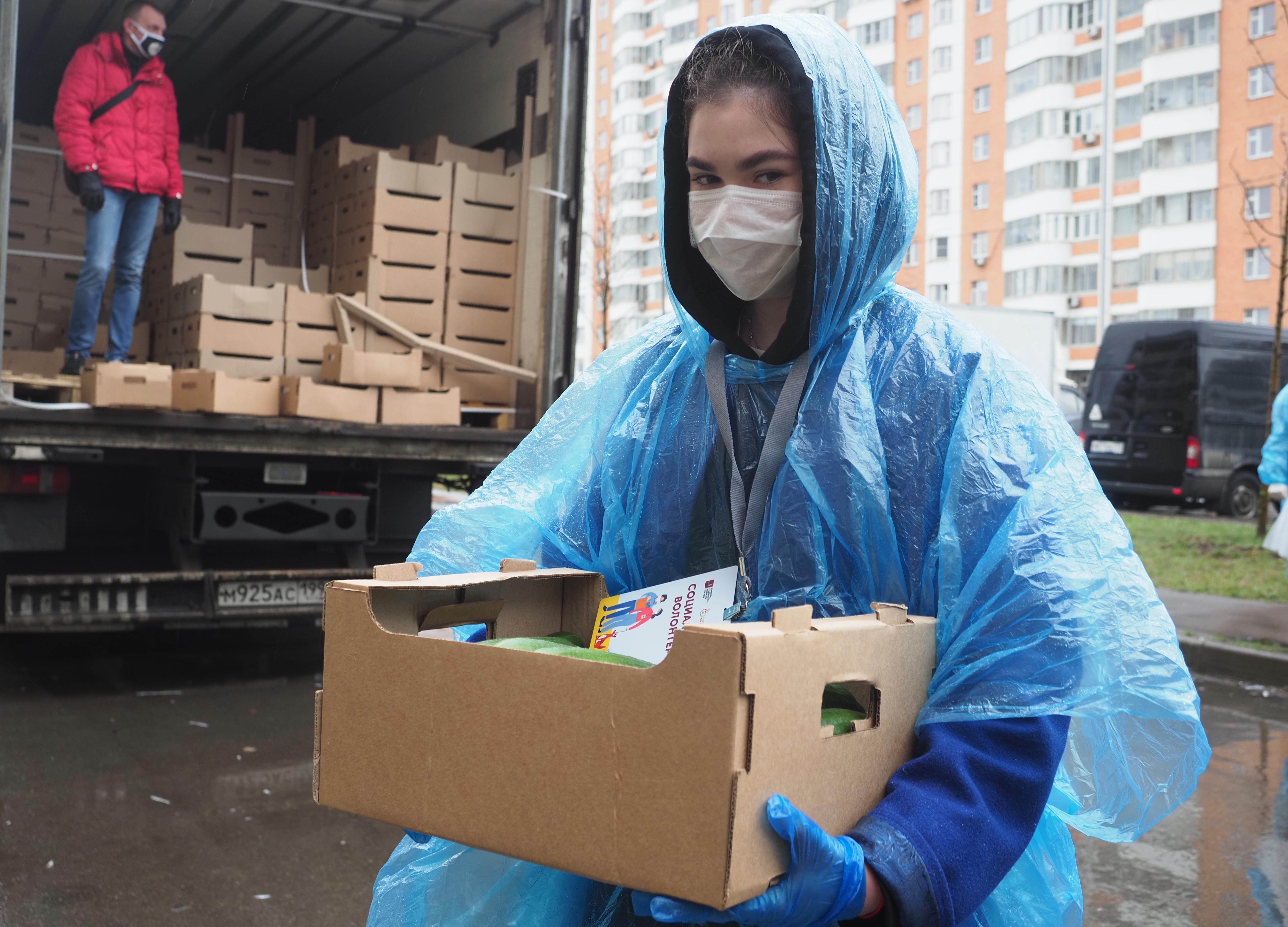 Волонтер принесет продукты