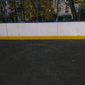 Покрытие спортивной площадки обновили
