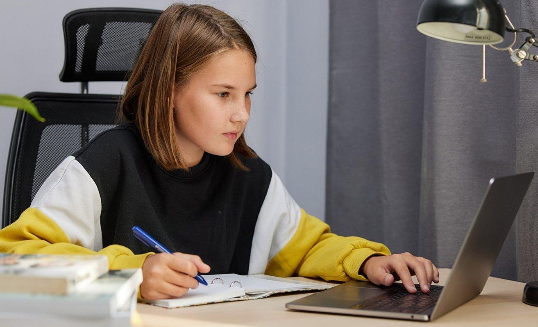 Каникулы школьников юга разнообразят лекциями московских технопарков
