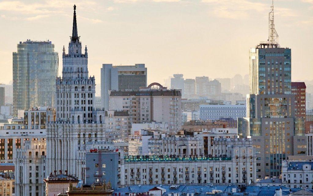 Почти 60 нарушителей перчаточно-масочного режима выявили в торговых центрах ЦАО. Фото: сайт мэра Москвы