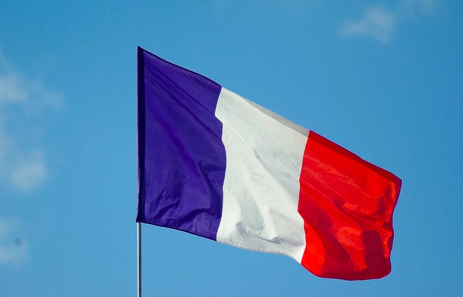 Нацсобрание Франции одобрило в первом чтении законопроект о продлении режима ЧС из-за COVID-19. Фото: pixabay.com