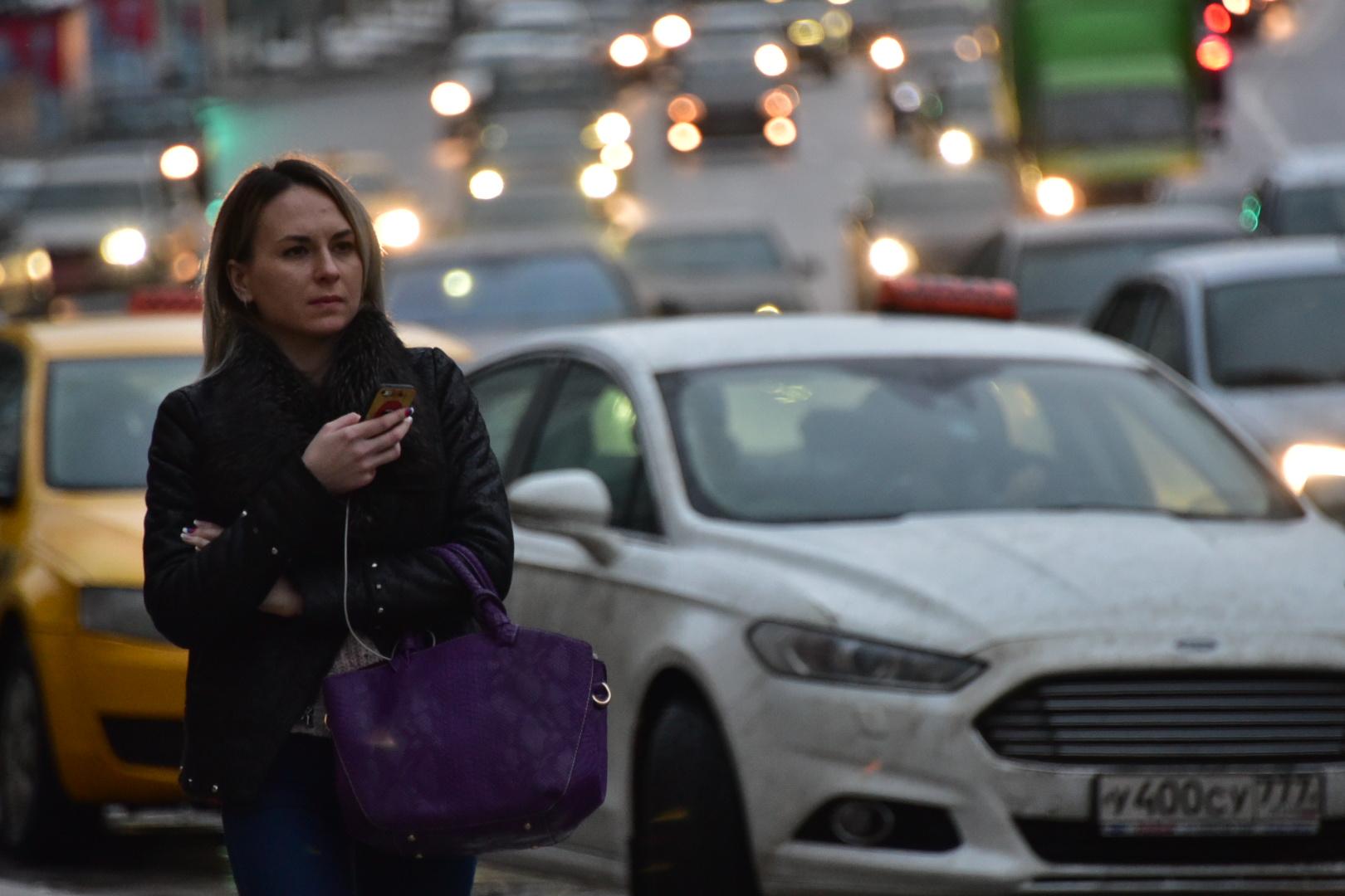 Пробки на дорогах Москвы достигнут девяти баллов