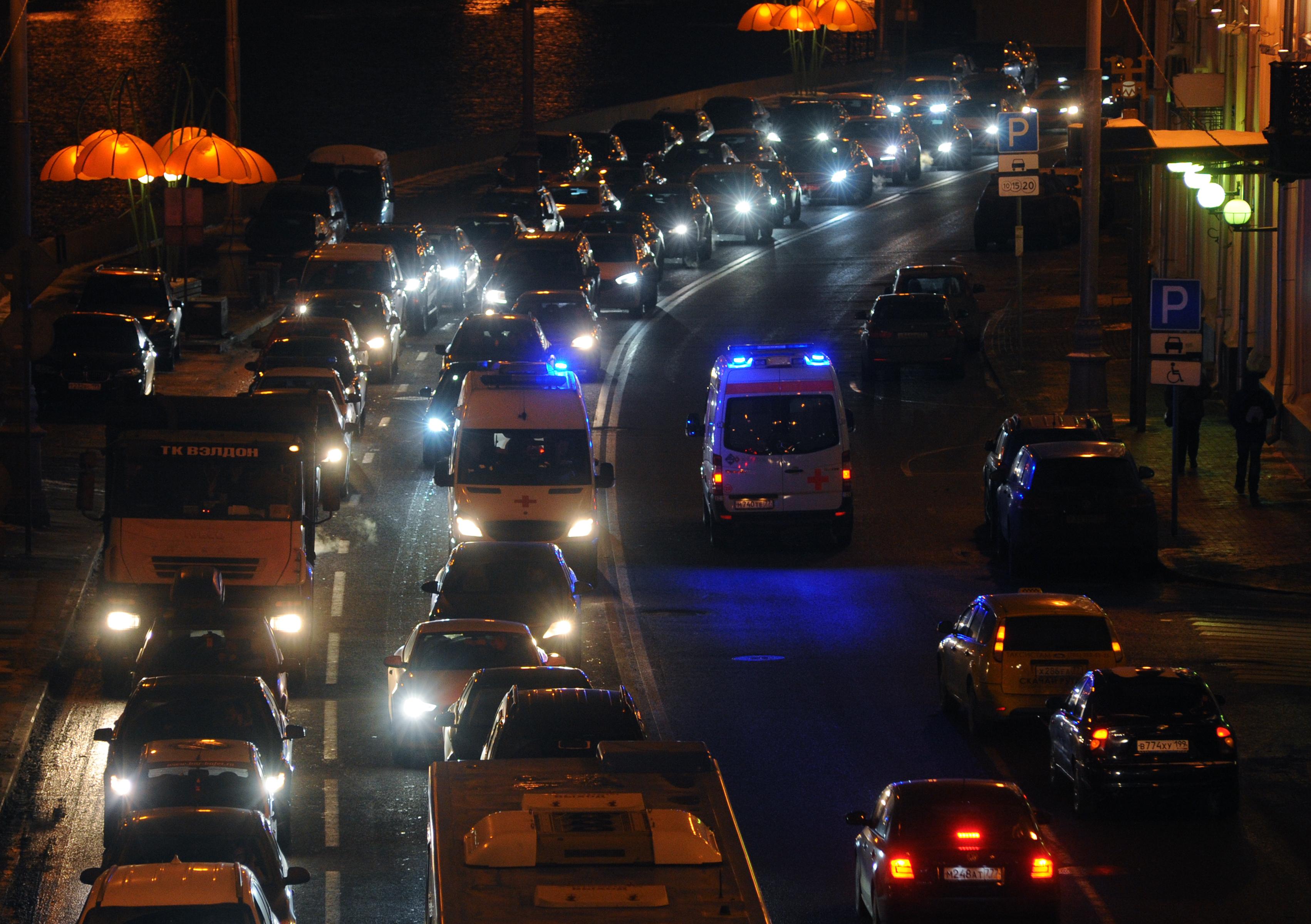 Пробки на московских дорогах могут достичь восьми баллов